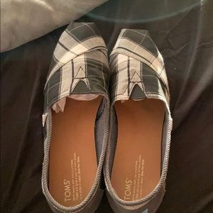Women's Plaid Toms Shoes Size 10